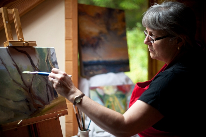 Terrill Welch working in her studio by Allison Mullally _MG_5726