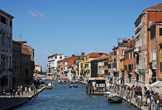 Canal Cannaregio Venezia Italy by Terrill Welch 2014_04_14 028