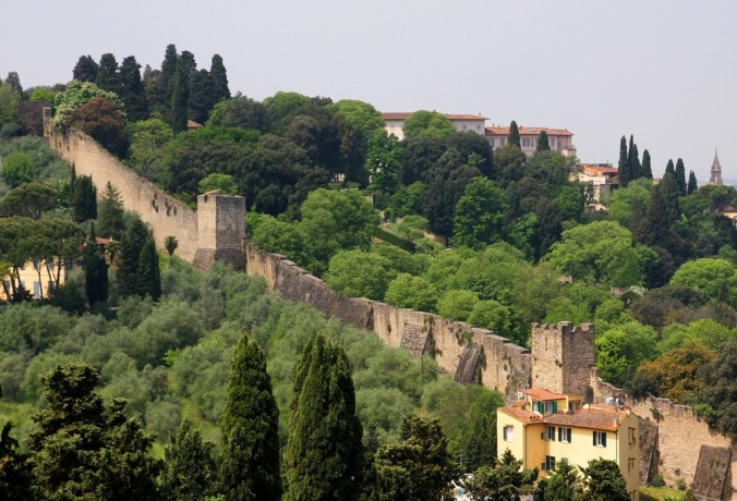 city wall in Florence Italy by Terrill Welch 2014_04_26 117