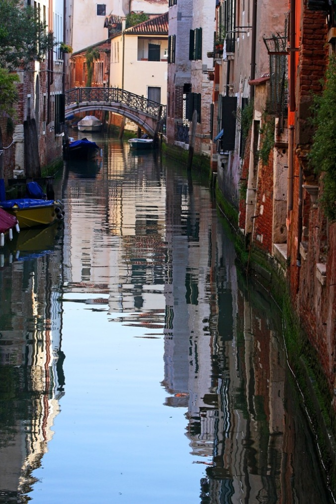 morning by a Venice canal by Terrill Welch 2014_04_22 069