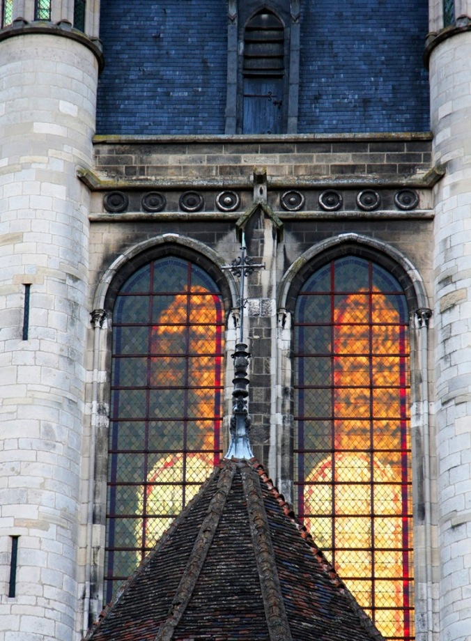 westerly evening sun back lighting Church of Notre Dame of Dijon by Terrill Welch 2014_04_08 Dijon France 084