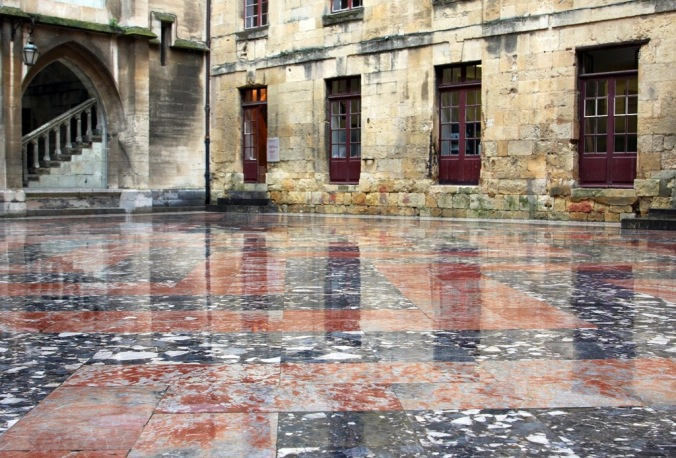 Musee d' art et d'histoire de Narbonne marble courtyard by Terrill Welch 2014_05_21 111