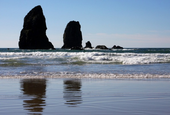 Smaller rocks Cannon Beach Oregon by Terrill Welch 2015_02_21 301