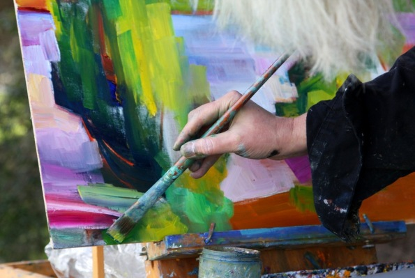 Painter Lena Levin at work in Quarry Lake Regional Park Freomont California by Terrill Welch 2015_02_27 086